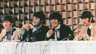 http://www.beatlesinterviews.org/1966.0630.japan4.beatles.jpg