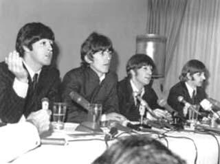 The Beatles Polska: Beatlesi przylatują do Stanów